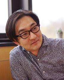 Photo : Yasutsugu Naito