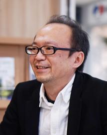 Photo : Yoshikazu Matsumoto